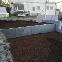 土留め擁壁を施工させていただきました。