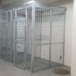 Yokota 4300 cages_190528_0053