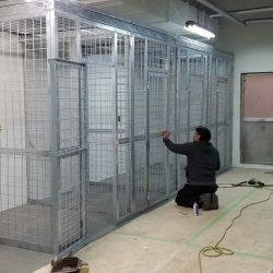 Yokota 4300 cages_190528_0055