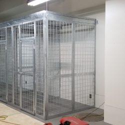 Yokota 4300 cages_190528_0056
